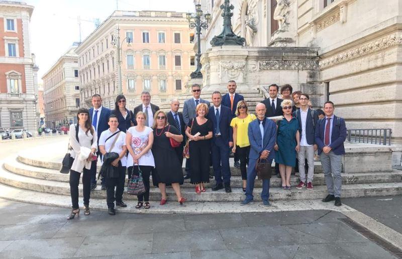 L 39 on alessandro battilocchio ha invitato una delegazione for Ieri alla camera dei deputati