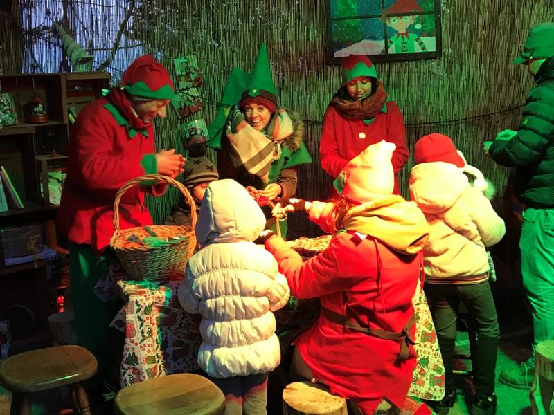 Babbo Natale Questanno Verra Filastrocca.Tolfa Il Villaggio Di Babbo Natale Sta Per Aprire Le Porte A Grandi